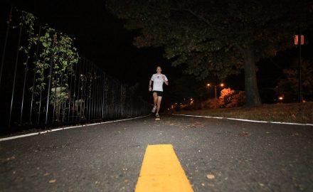 Precauciones al correr de noche
