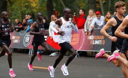 1:50:40 en maratón kipchoge